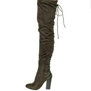 Chase + Chloe Addison thigh high lace up boots 5.5